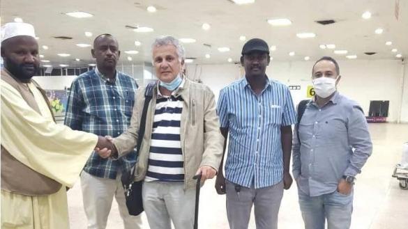 صورة. زوران يصل إلى الخرطوم تمهيدا لتوقيع مع الهلال السوداني