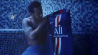 بالفيديو. لقطة نيمار مع قميص باريس الجديد