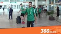 cover استقبال حار لبعثة منتخب الجزائر  بعد وصولها مطار وجدة