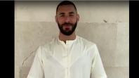 بالفيديو. بنزيما يوجه تهنئة للمسلمين بعيد الفطر باللغة العربية والجلابية