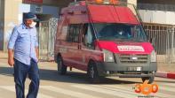 صور. نقل 44 مصابا بكورونا من ملعب طنجة إلى مستشفى بنسليمان