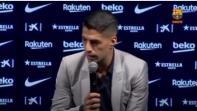 بالفيديو. مؤثر.. لحظة بكاء سواريز في المؤتمر الوداعي لبرشلونة