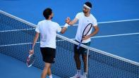 """بطولة استراليا المفتوحة: ديميتروف يفاجىء تييم """"المٌتعب"""" وانتصاران بشق الأنفس لاوساكا وسيرينا"""