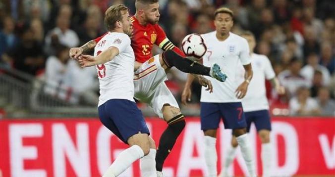 إسبانيا وإنجلترا