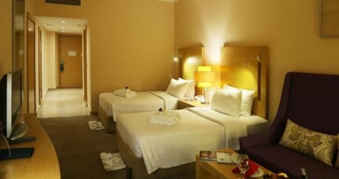 فندق المنتخب 5