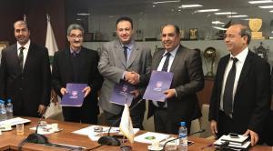 بالصور. حسبان يوقع اتفاقية مشاركة الرجاء في البطولة العربية 14